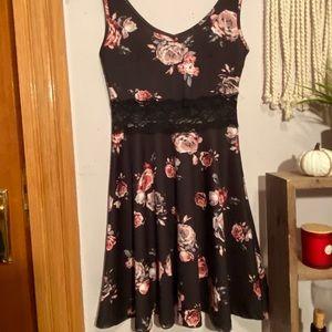 4 / $25 Rue 21 Black Floral Cut Out Dress, XS
